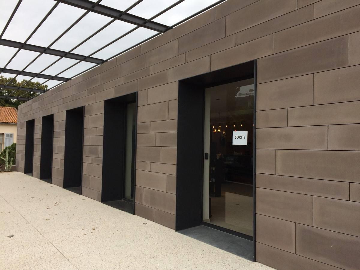 Installation de porte automatique 1 vantail dans le var for Installation de porte