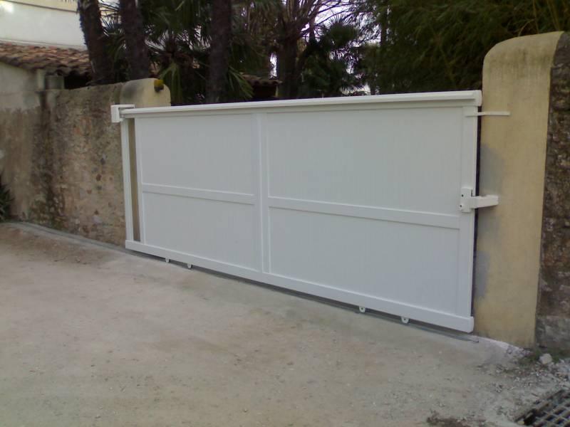 Installation de portail aluminium coulissant motoris - Fermeture portail coulissant manuel ...